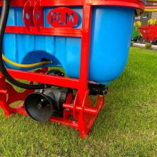 Обприскувач до трактора навісний Полмарк (300 л / 10 м)